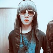 非主流动作_非主流唯美意境QQ男生头像_潮流时尚的男生就应该有酷酷姿势和 ...