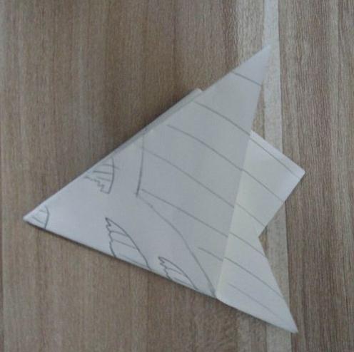 三角花剪纸图案的步骤