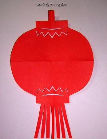 灯笼对称剪纸方法